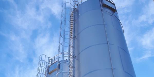 Storage silos